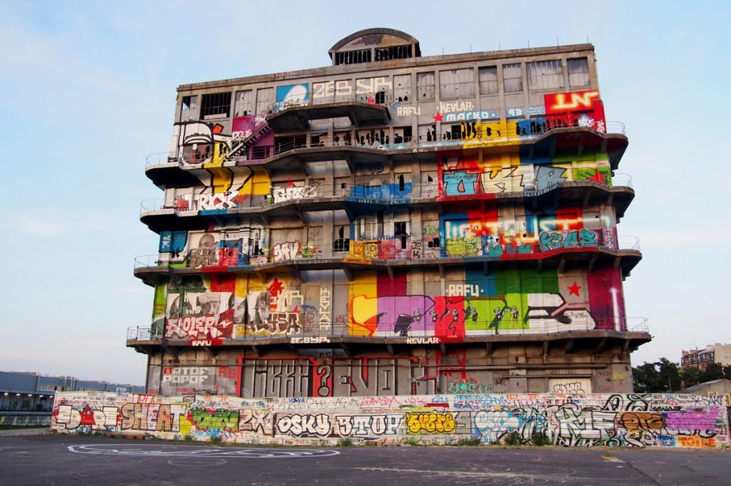 Vers de nouvelles collaborations entre l 39 art urbain et le for Porte de pantin salon